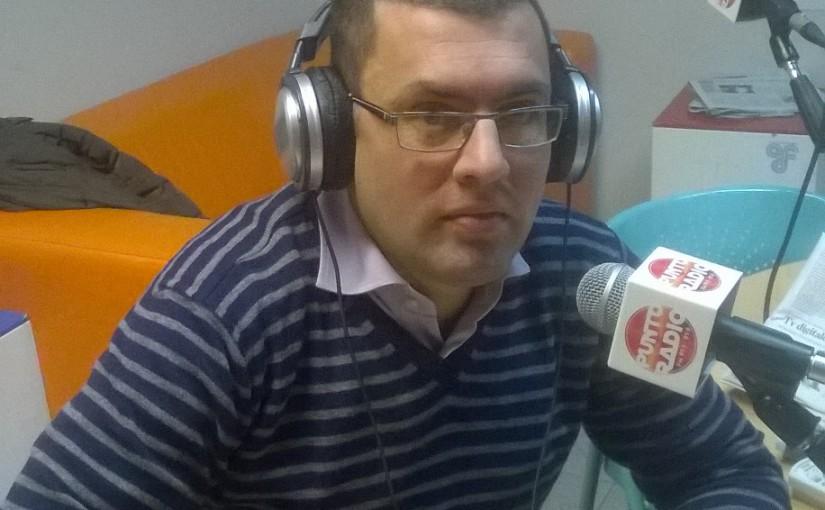 Andrea Falchi a Punto Radio a Cascina con il ciclo degli effetti